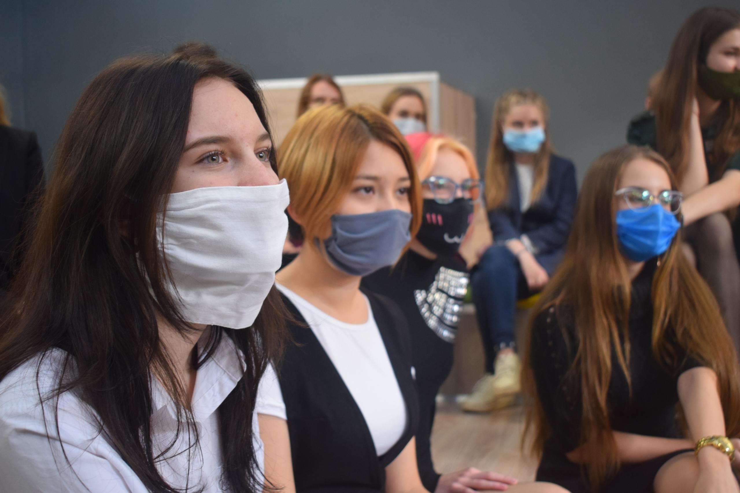 Наградили участников областного студенческого педагогического отряда «Сердце Евразии».