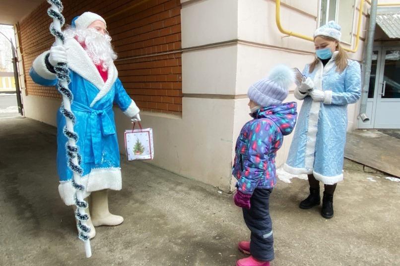 Студенческие отряды Оренбуржья приняли участие в акции «Новый год в каждый дом»